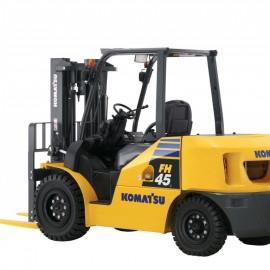 Xe nâng động cơ xăng 4.5 tấn