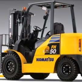 Xe nâng động cơ xăng 5 tấn